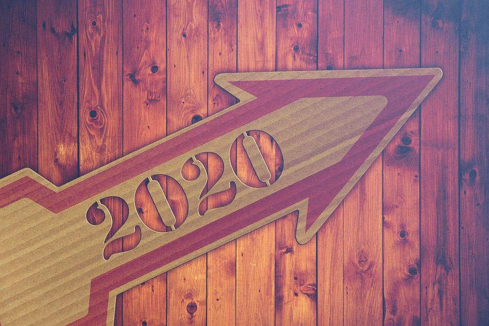 2020 Arrow Pointing